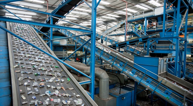 Plastic-recycling-plant